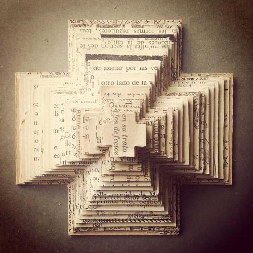 ilustracion_cruz_piramide2